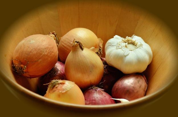 garlic-and-onion